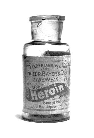 Όταν η Bayer προωθούσε την ηρωίνη και μάλιστα σε παιδιά!