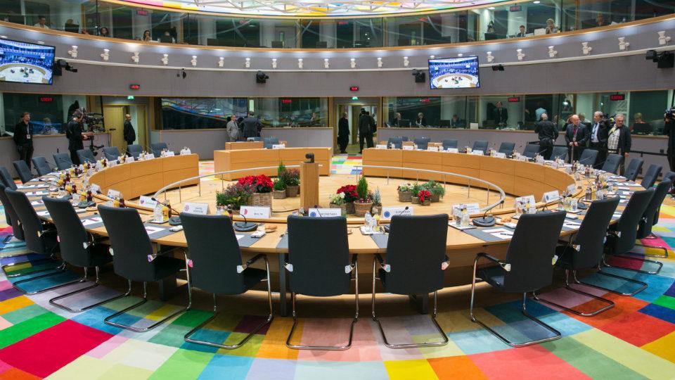 """Το Ευρωπαϊκό συμβούλιο ξεκαθαρίζει για εμβολιασμούς και """"Πιστοποιητικό Εμβολιασμού"""" ότι δεν είναι υποχρεωτικά!"""