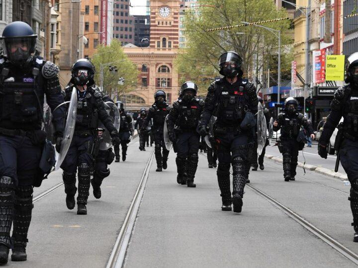 Αυστραλία: Πυρά αστυνομικών κατά διαδηλωτών! (βίντεο)
